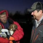 """Ostalo mu je manje od 6 meseci života i prvi put je dobio """"krov nad glavom"""" – za sebe i psa! (VIDEO)"""