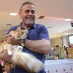 Postavljanje novih kućica za hranjenje napuštenih mačaka!