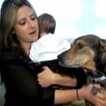 HEROJ PORODICE: Pas i beba su postali NAJBOLJI PRIJATELJI, jer ju je spasio sigurne smrti! (VIDEO)