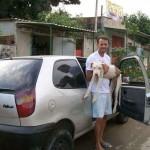 SLIKE GOVORE VIŠE OD REČI: Neverovatan oporavak psa kojeg je OVAJ ČOVEK pronašao na ivici života!
