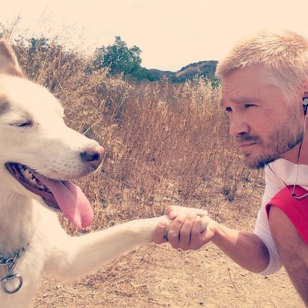 Poznati glumac se oprostio od svog psa petface