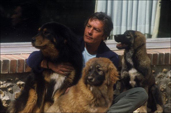 sahranjen sa svojim psima petface