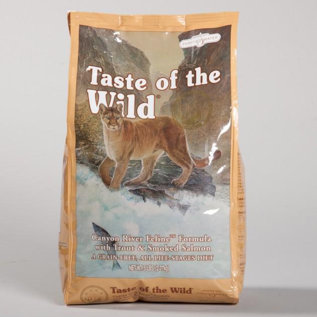 mačka je prava vrednica taste of the wild petface