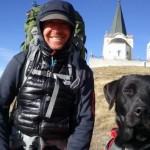 Sećate se psa i Irca Marka koji hodaju za decu obolelu od raka? Evo gde su!