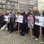 ODRŽAN PROTEST: Više od 300 ljudi reklo NEĆU DA ŽMURIM povodom stanja u azilima u Srbiji!