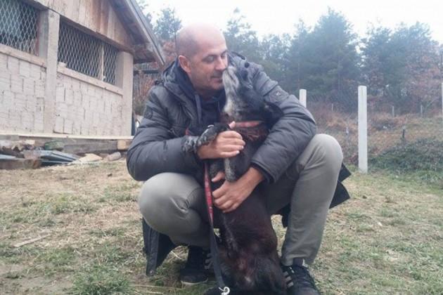 spasio psa iz bunara petface