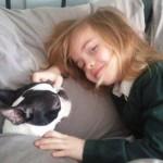 PRESLATKO: Devojčica (7) od Deda Mraza poželela da joj vrati ukradenog psa!