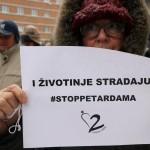 "NOVI SAD: Uprkos hladnoći Novosađani održali protest ""Stop petardama""!"