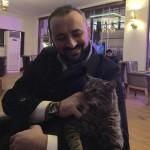 ZA SVE KOJE NEMAJU DOM: Otvorio džamiju za mačke sa ulica!