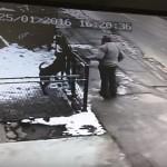 UHVAĆEN NA DELU: Traga se za čovekom sa snimka koji je pokušao da ukrade psa!
