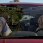 """MUŠKARCI: Kada devojke imaju """"bad hair day"""" – ćutite i vozite! (VIDEO)"""