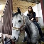 BEOGRAD: Jelena svakog jutra ustaje u 6h kako bi se družila sa svojim ljubimcem – konjem!