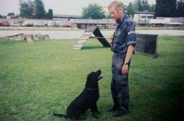 Policijski pas petface