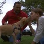 Izabela (11) donirala 500 dolara i spasila psa koji je trebao biti ubijen na farmi psećeg mesa!