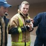 DISKRETNI HEROJI: Vatrogasci iz Sarajeva spasili štene bačeno u duboki kanal!