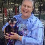 Ova žena je usvojila psa Džejka da bi mu poslednje dane učinila LEPIM!