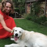 Ova žena je imala fobiju od pasa, a onda je u pomoć uskočio retriver HARI!