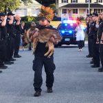 KAKVA FOTOGRAFIJA: Emotivni opraštaj od policijskog psa Hantera!