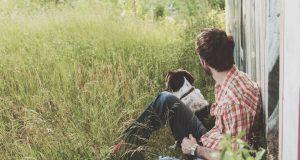 muskarci sa psom petface