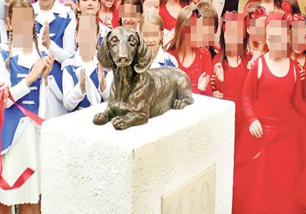 Pet godina od otkrivanja spomenika Leu - MALOM HEROJU VELIKOG SRCA!
