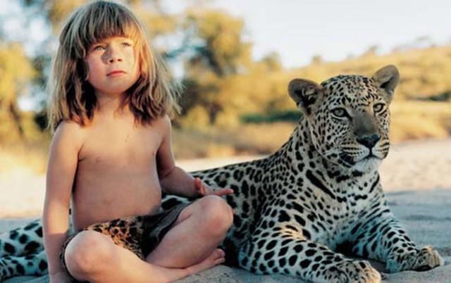 Upoznajte Moglija modernog doba: ODGAJILE su je životinje iz džungle! (FOTO/VIDEO)