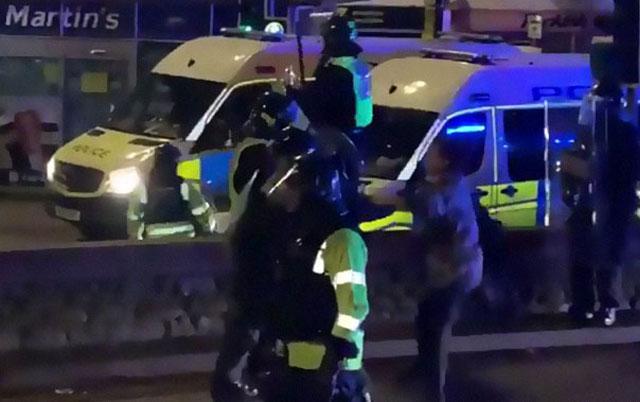 policijski pas napao policajca